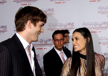 Premiere: Ashton Kutcher and Demi Moore at the LA premiere of Columbia's Charlie's Angels: Full Throttle - 6/18/2003