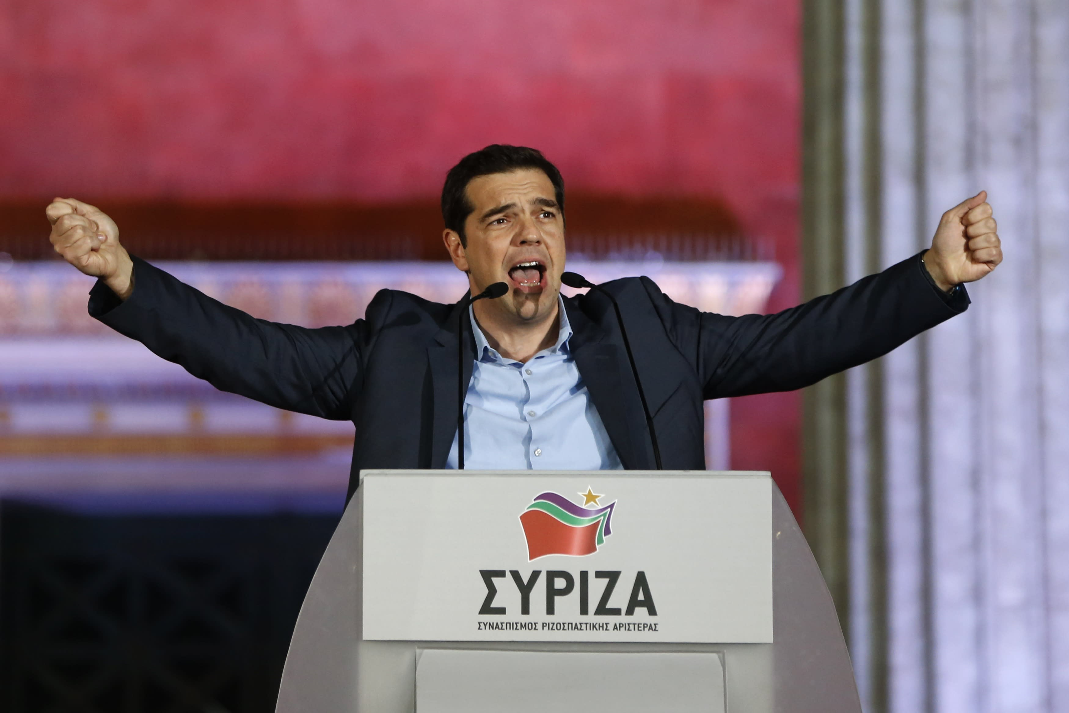 Greek leftist Tsipras sworn in as PM to fight bailout terms