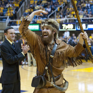 WVU Mountaineer flys in for WBB Semifinal Game