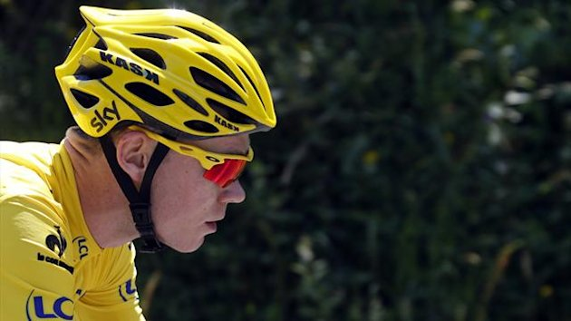Race leader yellow jersey holder Team Sky rider Christopher Froome of Britain climbs the Mente pass during the 168.5 km ninth stage of the centenary Tour de France cycling race from Saint-Girons to Bagneres-de-Bigorre (Reuters)