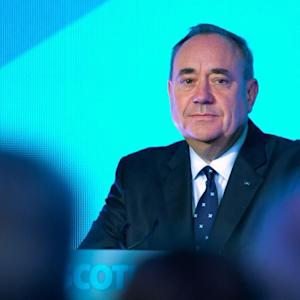 Scottish Leader Salmond to Resign, and More