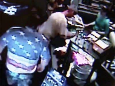 Raw: Escaped Inmate Tackled at Ohio Store