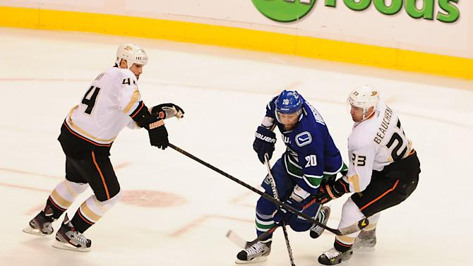 NHL: Anaheim Ducks at Vancouver Canucks
