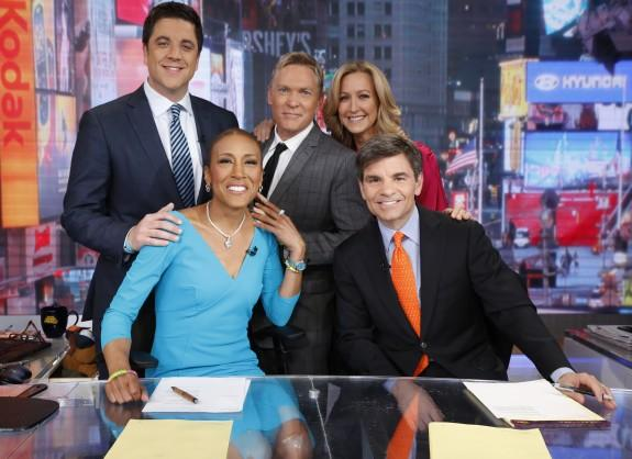 Robin Roberts Back At 'GMA' Anchor Desk