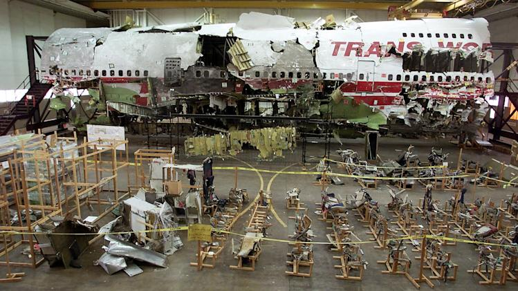 Investigators reaffirm TWA 800 crash an accident