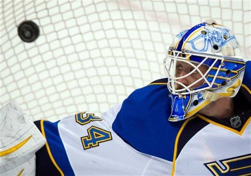 Blues down Canucks in shootout, 4-3