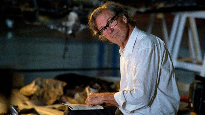 """CORRECTS TO PHYSICIST, NOT PHYSICIAN - This image released by Science Channel shows William Hurt in a scene from the film """"The Challenger Disaster."""" Hurt portrays Dr. Richard Feynman, the world-renown physicist and Nobel laureate whose sharp mind and dogged spirit led him to the design flaw that caused the space shuttle Challenger to explode in 1986. The film airs Saturday, Nov. 16, at 9 p.m. EST. (AP Photo/Science Channel-BBC, Patrick Toselli)"""
