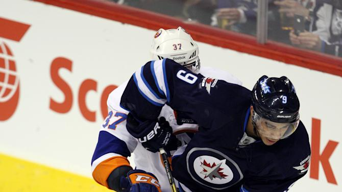 NHL: New York Islanders at Winnipeg Jets