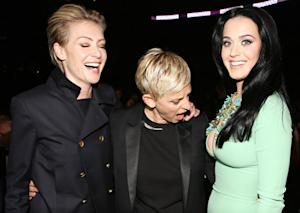 Ellen DeGeneres Stares at Katy Perry's Cleavage During Grammys: Picture