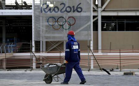 Rio 2016 to cut costs to avoid 10 percent overspend