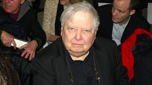 William Gass' Road to E-Books; Apple Won't Settle Out of Court