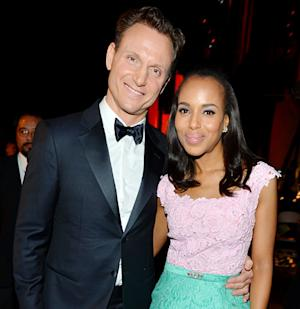 "Tony Goldwyn: Scandal Sex Scenes With Kerry Washington Are ""a Problem"" for My Wife"
