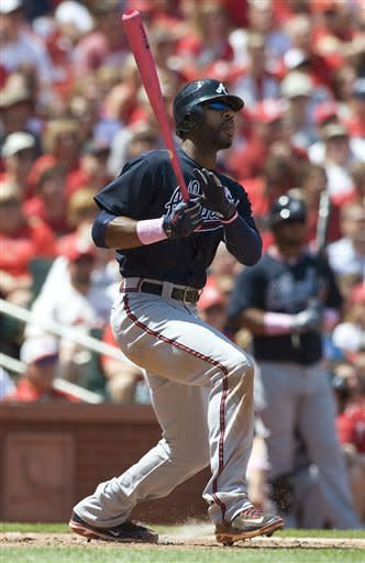 Braves beat Cardinals 7-4, complete sweep
