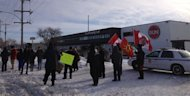 Idel No More protesters ralley in front of a the Winnipeg Sun&#39;s office, calling the newspaper&#39;s reporting on the movement biased.