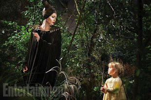 Angelina and Vivienne Jolie-Pitt