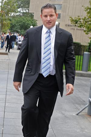 Former Galleon Group LLC trader Zvi Goffer enters Manhattan federal for his sentencing, Wednesday, Sept. 21, 2011, in New York. Goffer was convicted of conspiracy and securities fraud for his participation in an insider trading ring comprised of Wall Street professionals and attorneys. (AP Photo/Louis Lanzano)