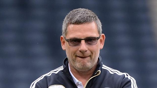 Craig Levein, pictured, said Alex Ferguson was always there to offer great advice