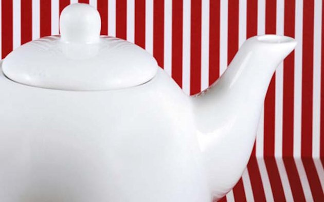 Tea Pot or Tea Set