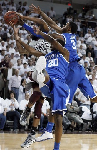 No. 1 Kentucky tops Mississippi St, 73-64