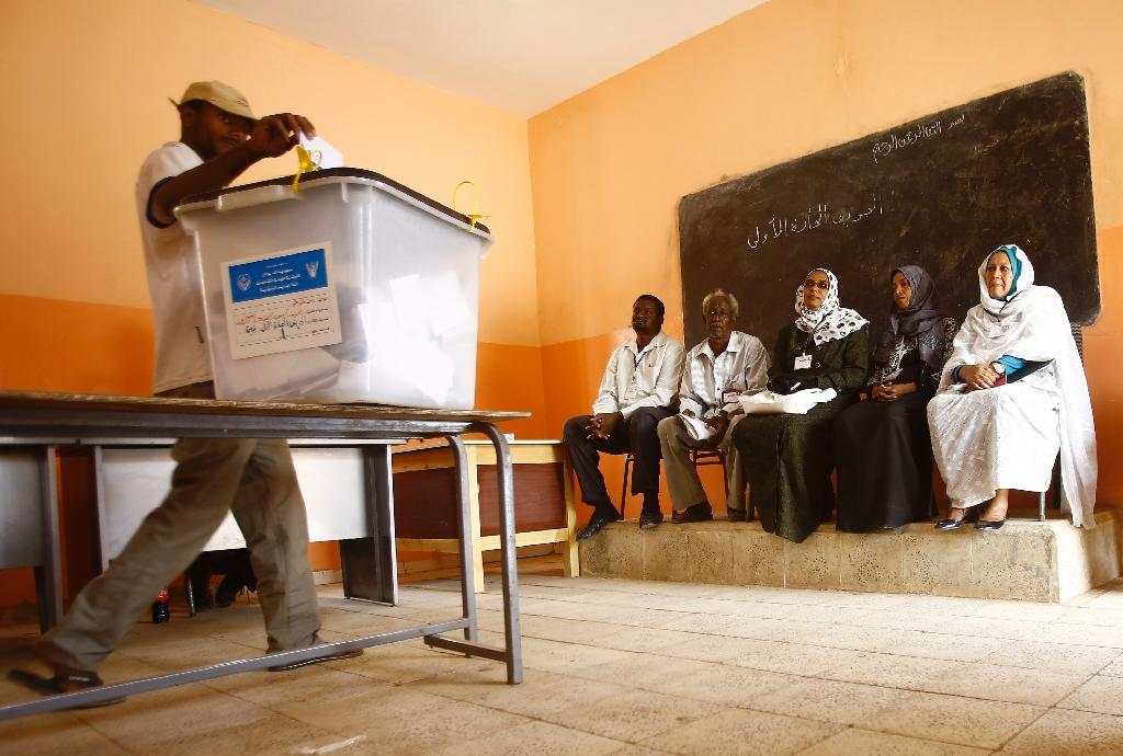 Polls close across most of Sudan after four-day vote