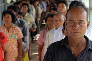 Cambodians line up to attend the trial of former Khmer …