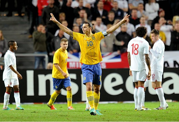 Zlatan Ibrahimovic hit all four goals as Sweden came from behind