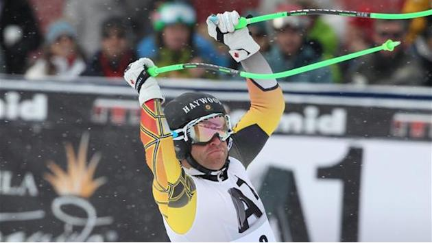 Alpine Skiing - Dixon out for season with broken leg