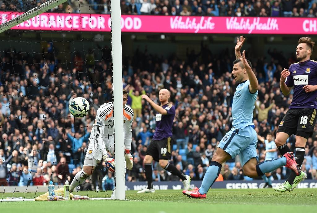 Aguero stars in City revival against Hammers