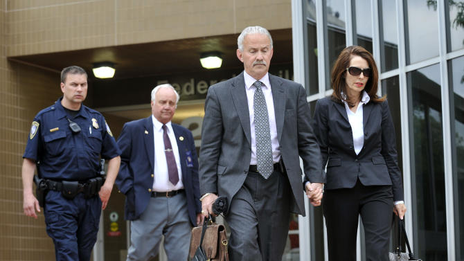 Disgraced ex-Mich. judge gets prison for fraud