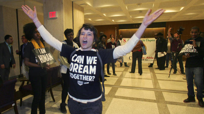 Wash. groups forge compact for immigration reform