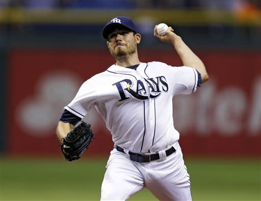 Moore wins 4th straight start, Rays beat Yankees