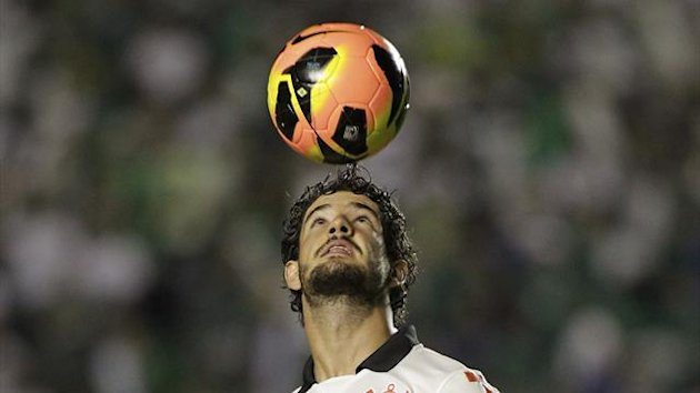 Corinthians's Alexandre Pato warms up before the start of their Brazilian Serie A Championship soccer match against Goias at Serra Dourada Stadium in Goiania May 29, 2013 (Reuters)