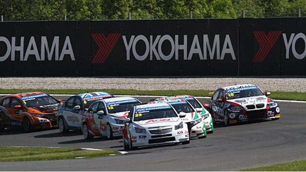 WTCC - Nykjaer on pole as 12 drivers penalised