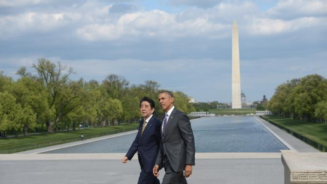 US President Barack Obama accompanies Japan's Prime Minister Shizo Abe during a visit to Lincoln Memorial in Washington, DC, on April 27, 2015