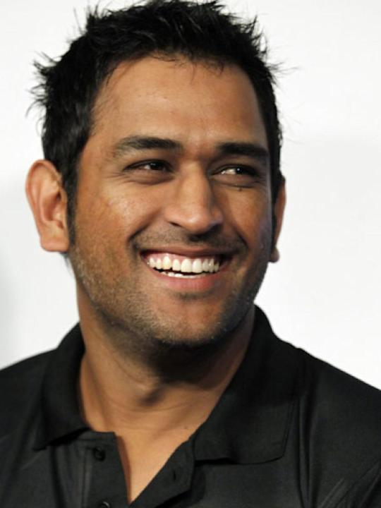Image courtesy : iDiva.comMahendra Singh Dhoni: A few months ago, Dhoni was accused of player management and his silence on the spot-fixing scandal in IPL 2013 was not taken well by his fans and the c