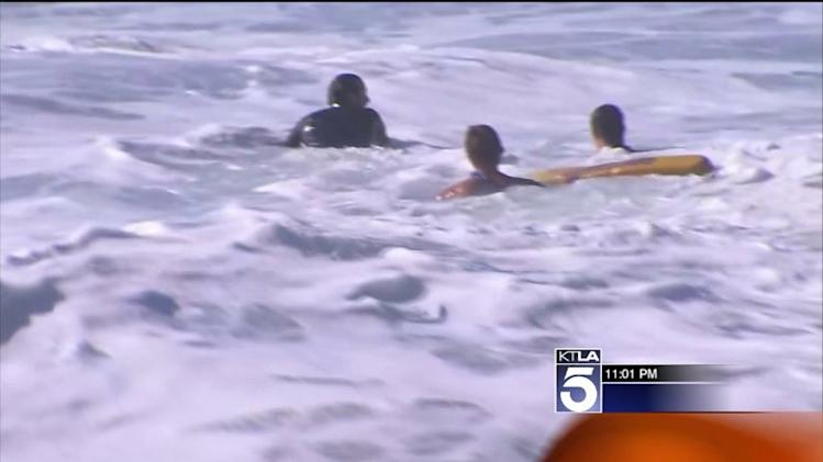 25-Foot Waves Pound the Wedge in Newport Beach