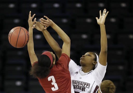 Perkins leads Alabama women past Bulldogs 63-36