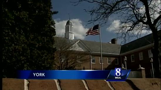 2 Democrats to challenge York mayor