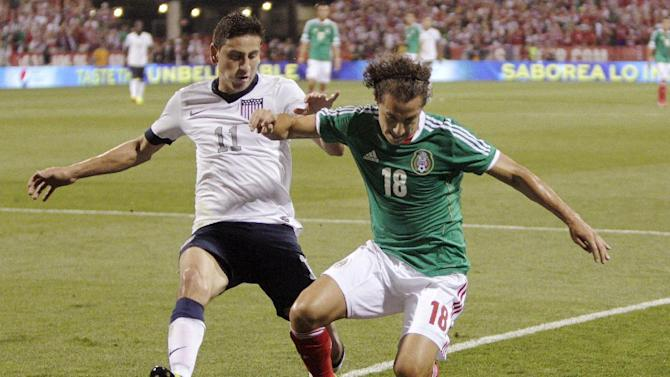 US clinches World Cup berth, beats Mexico 2-0