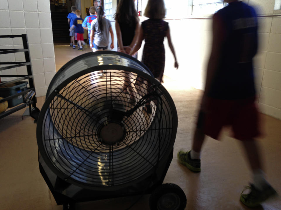 'Heat days' become more common for sweaty schools