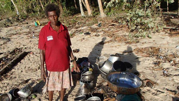 Aftershocks hamper relief in tsunami-hit Solomons