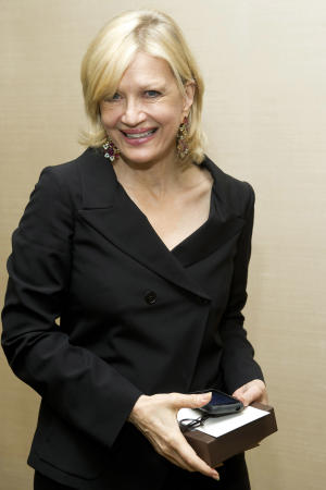 Tweets mock Diane Sawyer as 'tipsy,' 'hammered'