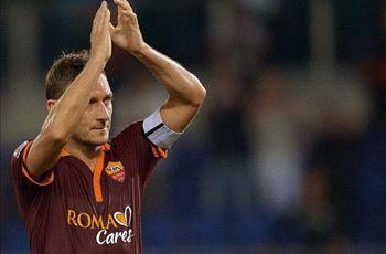 Roma boss Garcia: Totti leads by example