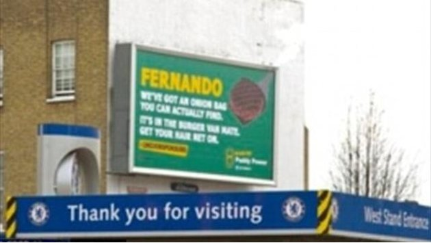 Premier League - Council removes illegal billboard poking fun at Torres