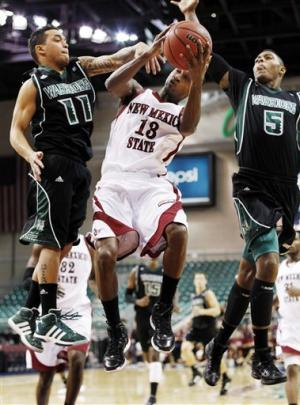 New Mexico St holds off Hawaii 92-81 in WAC semis