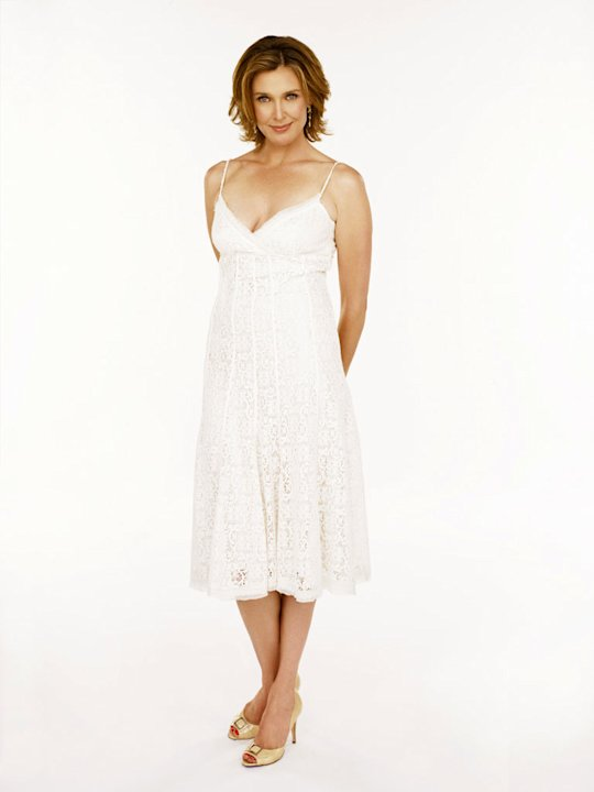 Brenda Strong stars as Mary Alice Young in Desperate Housewives. 
