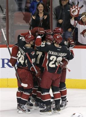Coyotes hold off Wild for 2-1 win