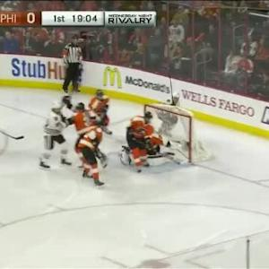 Steve Mason Save on Andrew Shaw (00:56/1st)