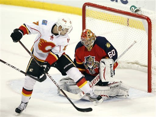Weiss' SO goal lifts Panthers over Flames 3-2