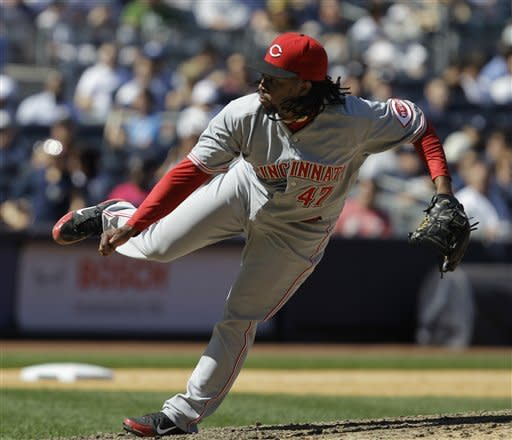 Cueto's arm, Ludwick's bat lift Reds over Yankees
